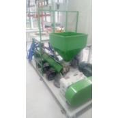 В Сумском государственном университете инсталлирован мини экструдер пленочный SJ45